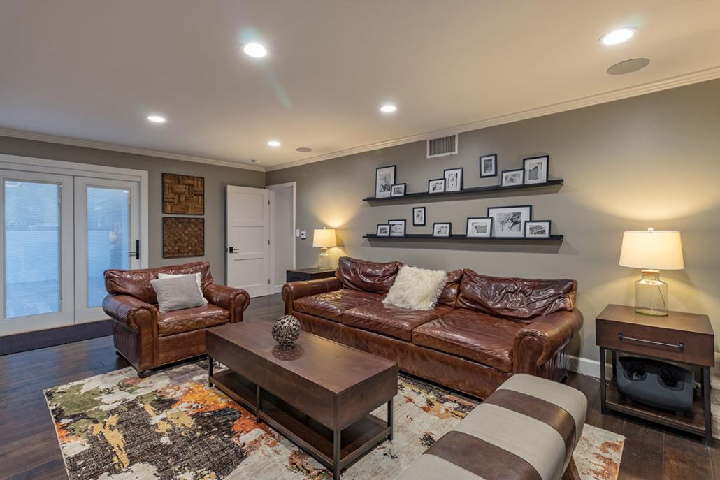 Pippen Living Room II